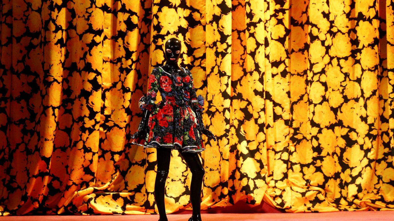 Desfile de Richard Quinn en la pasada London Fashion Week. (Reuters)