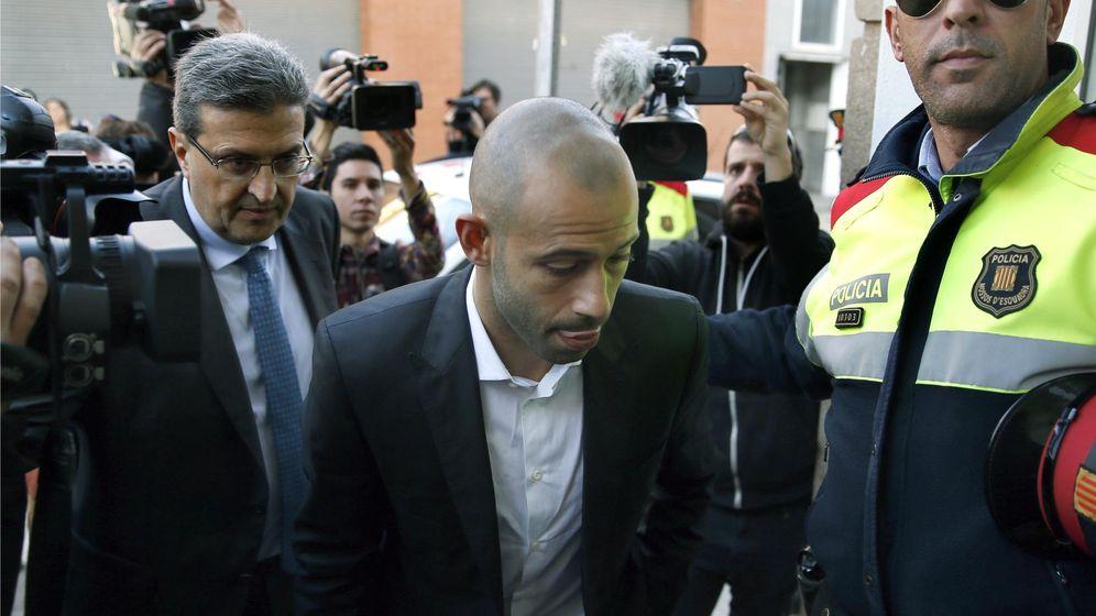 Foto: Javier Mascherano, a su llegada en los juzgados de Gavà (Efe).