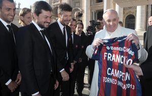 El Papa, aficionado al fútbol, no verá el Clásico porque se suele ir a dormir a esa hora
