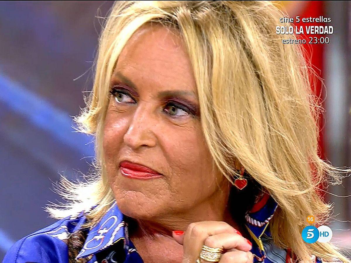 Foto: Lydia Lozano, en 'Sálvame'. (Telecinco)