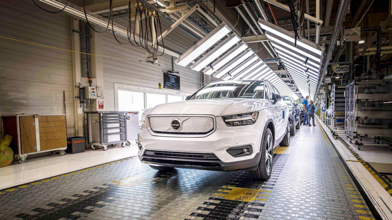 Volvo también se pasa a lo eléctrico y comienza la producción del XC40 Recharge