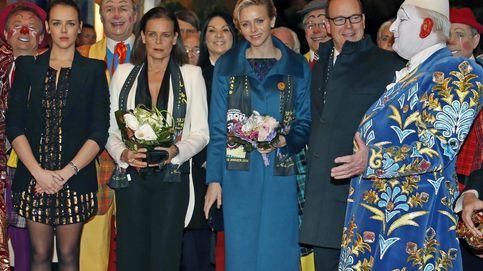 El cambio de look de Estefanía de Mónaco para sustituir a Charlène en una cita solidaria