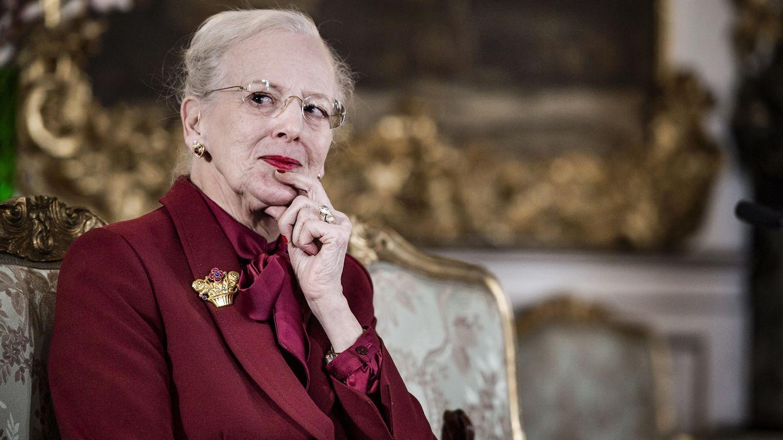 Foto: La reina Margarita en un momento de la entrevista (Gtres)