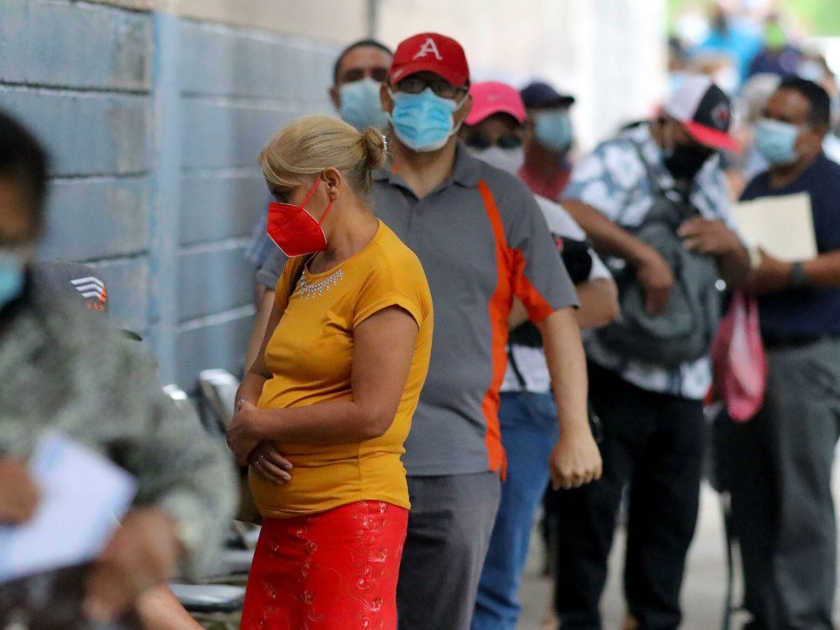 Foto: Desempleo, economía y covid. (EFE)