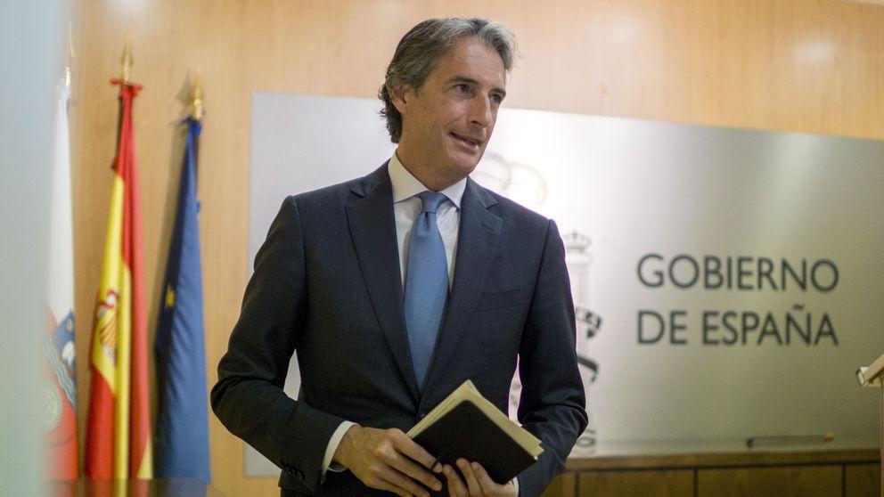 Consejo extraordinario de ministros para activar el arbitraje de El Prat