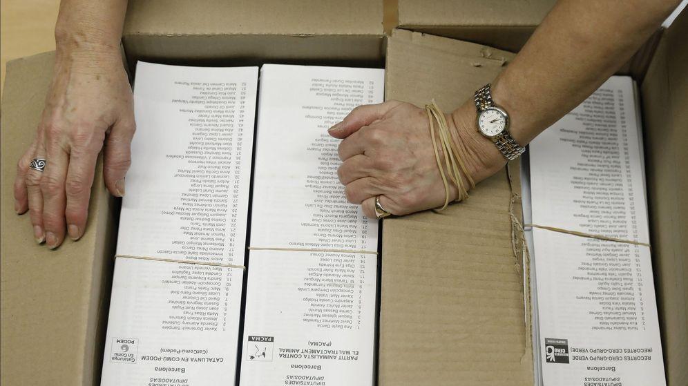 Foto: Papeletas electorales un día de elecciones. (EFE)