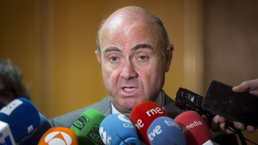 Guindos asegura que la independencia de Cataluña hundiría el PIB