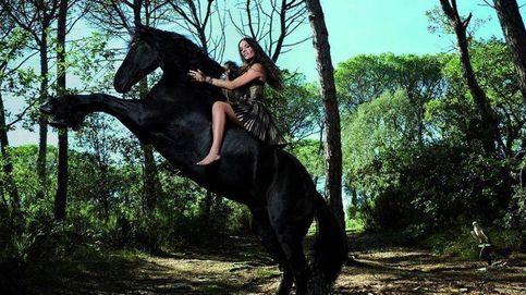 Malena Costa, en el punto de mira por sus fotos a lomos de un caballo