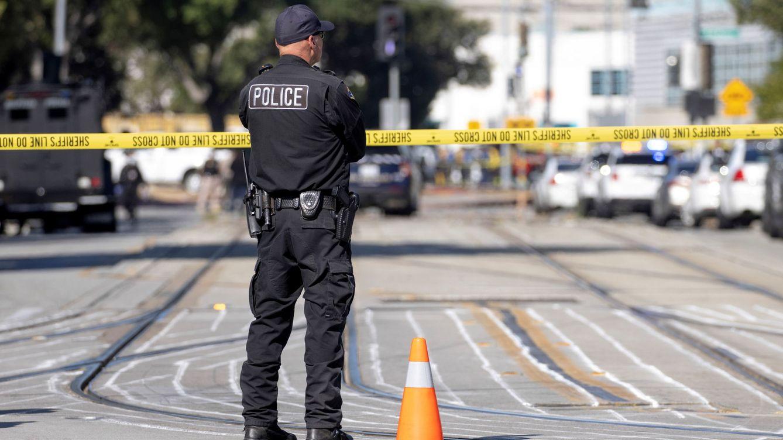 La policía confirma nueve muertos en un tiroteo en California