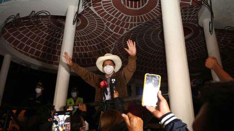 La izquierda radical irrumpe con fuerza en las elecciones de Perú, que irá a 2ª vuelta