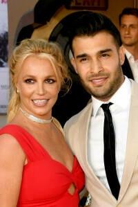 Britney Spears anuncia su compromiso con Sam Asghari tras su vídeo