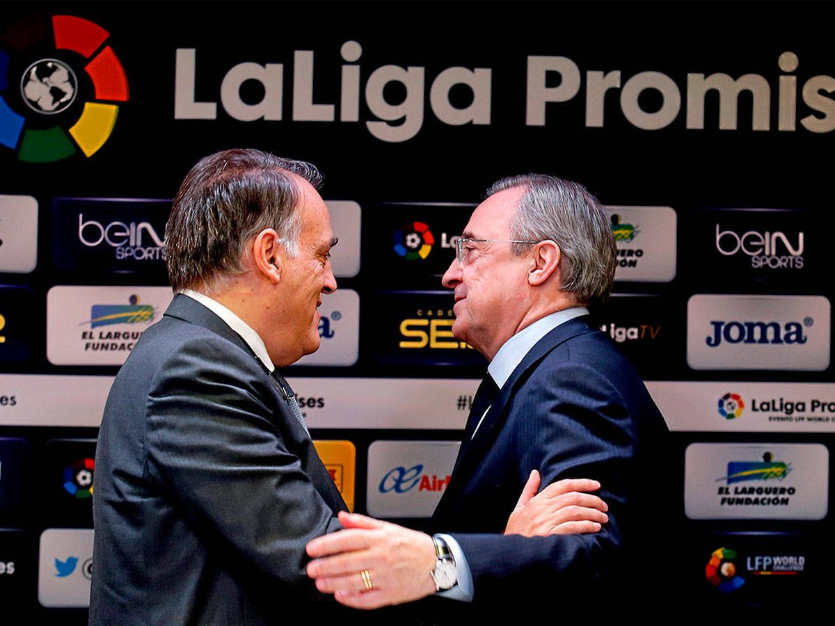 Foto: Javier Tebas, presidente de LaLiga, y Florentino Pérez, presidente del Real Madrid. (EFE)
