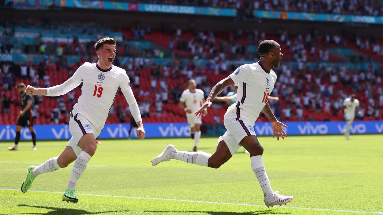 Inglaterra derrota a la Croacia de Modric con gol de Sterling y da un golpe en la mesa (1-0)