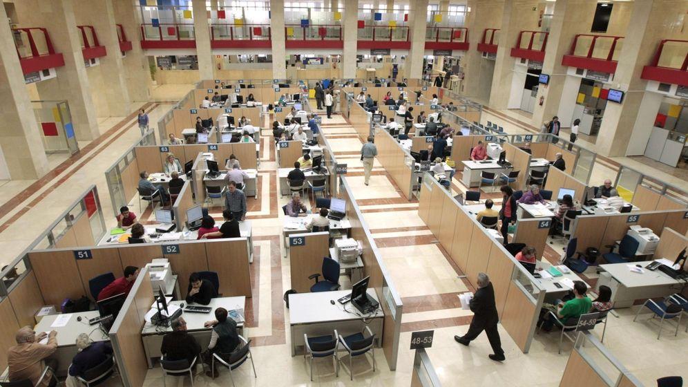 Foto: Oficina de la Agencia Tributaria en Madrid. (EFE)