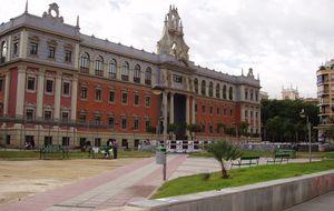 La Universidad de Murcia hace caja con docentes y casos de corrupción