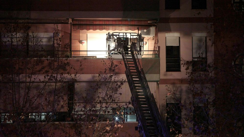 Foto: La explosión de la petroquímica de Tarragona causó un primer fallecido en una vivienda de Torreforta (EFE)