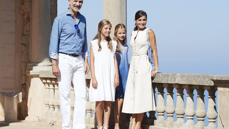 Los reyes disfrutan, junto a sus hijas, de sus merecidas vacaciones (Getty Images)