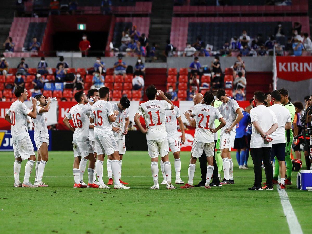 Foto: La selección española, durante el amistoso frente a Japón. (EFE)
