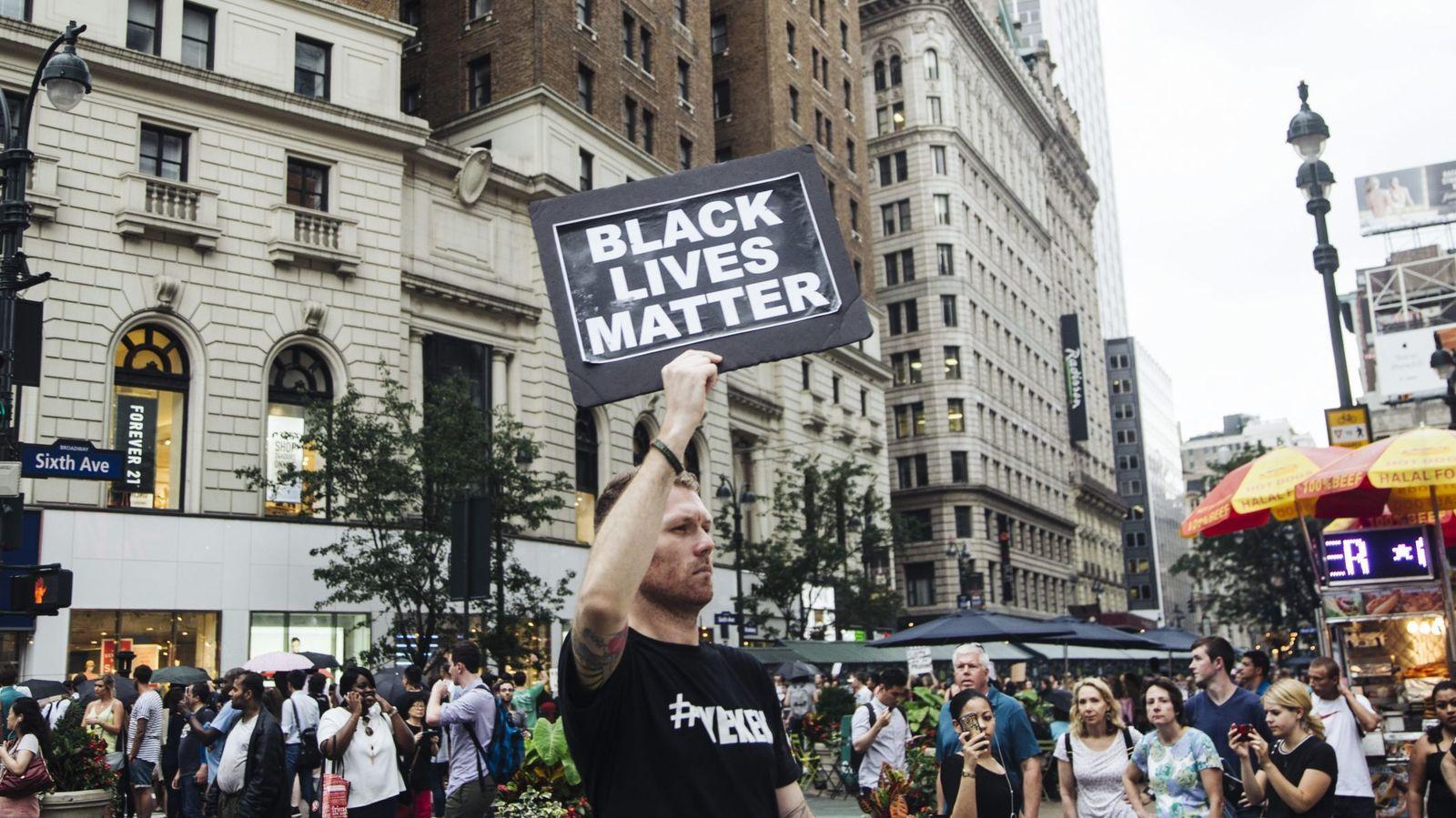Foto: Protesta del movimiento Black Lives Matter, contra el racismo policial, en Nueva York.