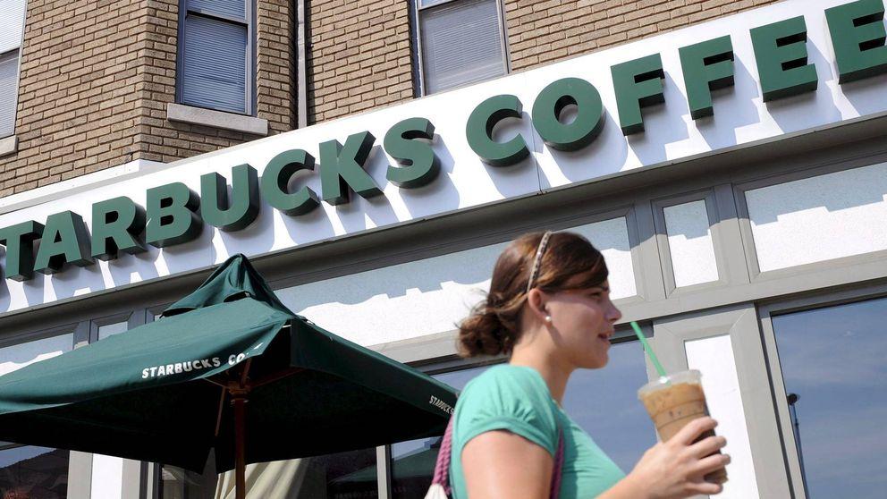 El café de Starbucks se queda frío ante unas peores previsiones