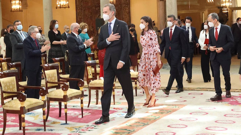 Los Reyes, durante el acto. (Casa Real)