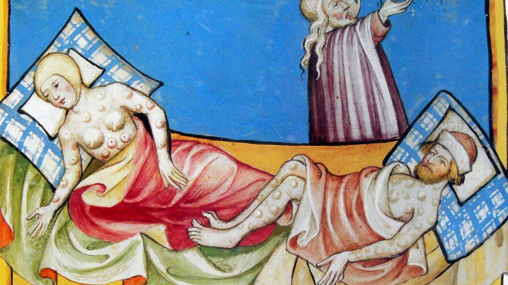 Foto: Víctimas de la Peste Negra con los característicos bubones en una ilustración de la Biblia de Toggenburgo.