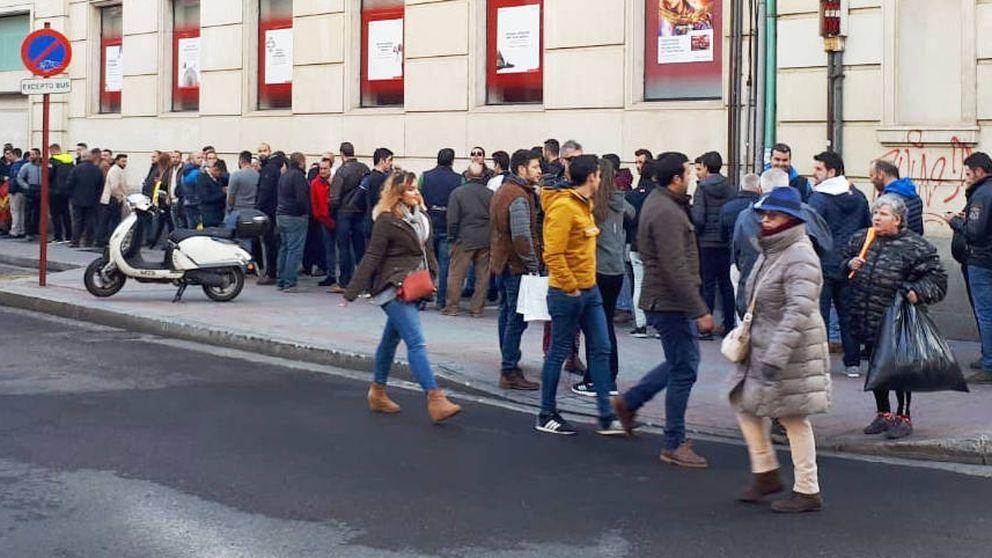 Algo pasa con Vox: el quinto en el sondeo revienta auditorios de Córdoba a Palencia
