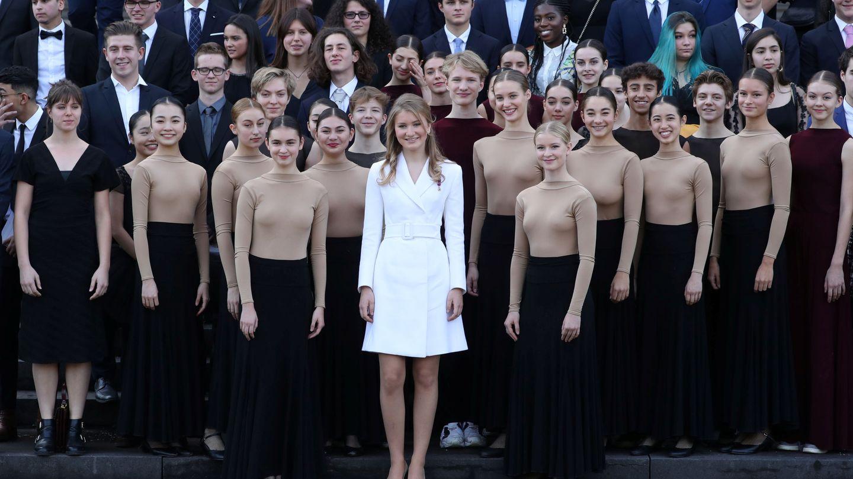 La princesa con los que han participado en su cumpleaños. (Reuters)