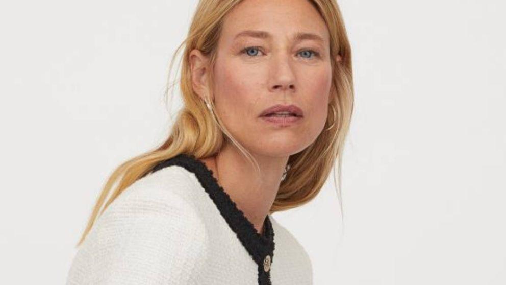 El conjunto de H&M de americana y falda que las fans del estilo parisino querrán para la vuelta a la oficina