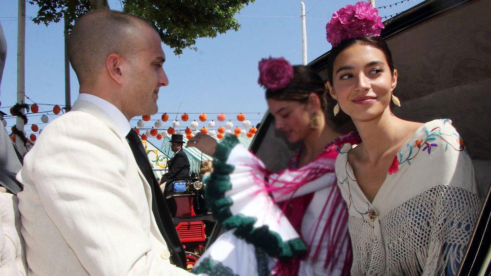 Foto: Rocío Crusset y Maggio Cipriani, en la Feria de Abril. (Lagencia Grosby)
