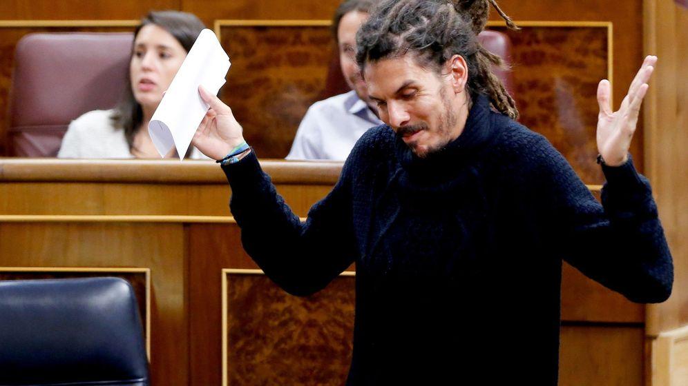 Foto: El diputado de Podemos Alberto Rodríguez, antes de una intervención en el pleno del Congreso de los Diputados. (EFE)