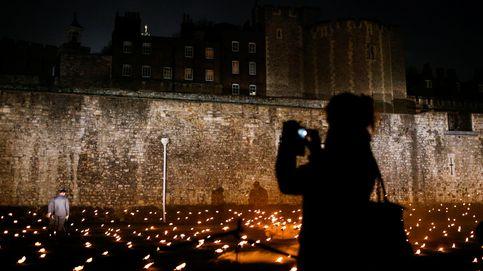 10.000 antorchas conmemoran en Londres el centenario del fin de la Gran Guerra