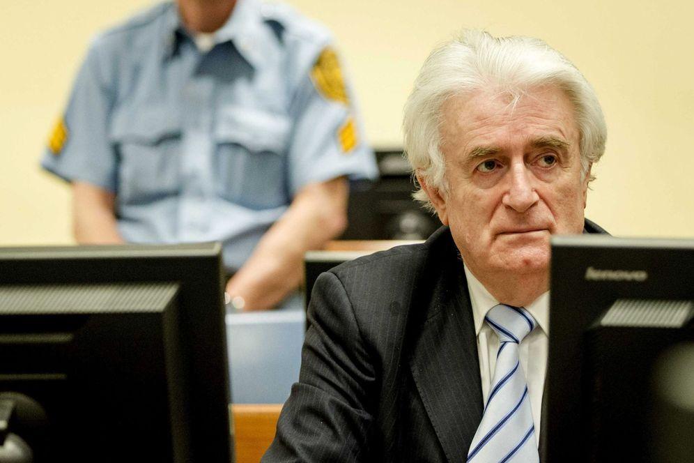 Foto: Radovan Karadzic, en el Tribunal Penal para la Antigua Yugoslavia en La Haya, Holanda (EFE)