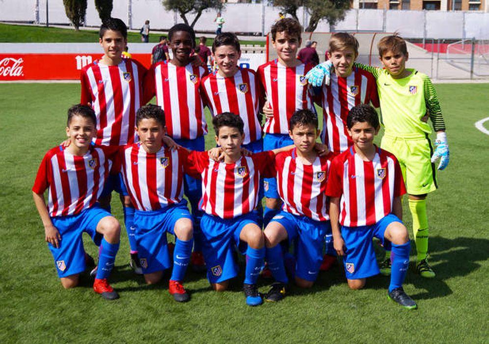 Foto: Imagen del alevín del Atlético de Madrid que sacó billete para disputar la Danone Nations Cup en Estados Unidos. (FOTO: Clubatleticodemadrid.com)