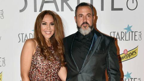 El marido de Mónica Naranjo ataca a Ricky en Twitter y luego borra el mensaje