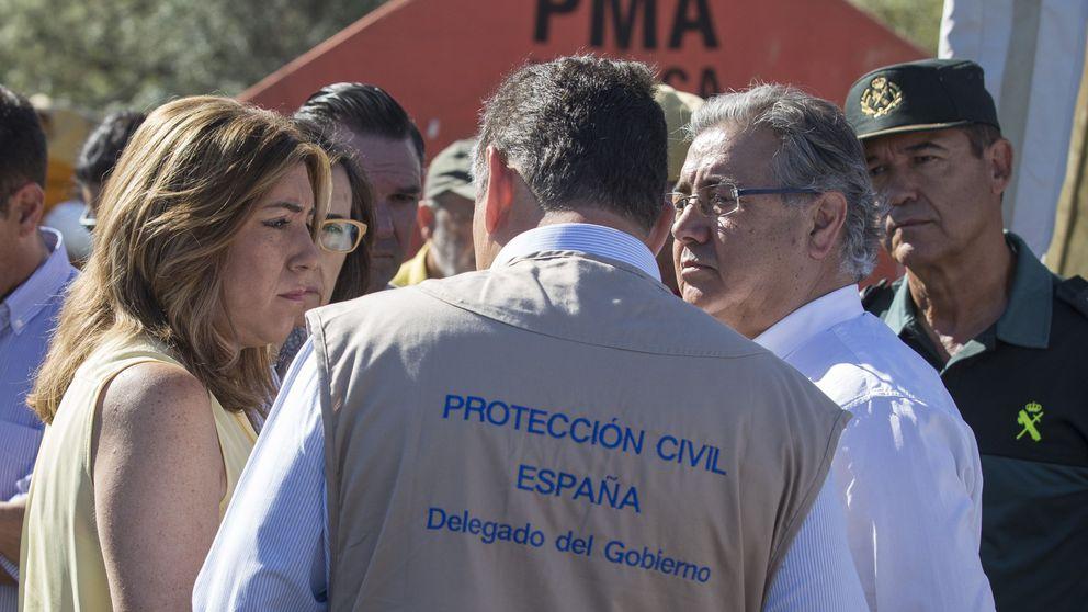 Las autoridades controlan el fuego de Doñana... pero sigue la guerra política