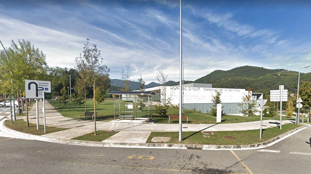 Foto: El hospital de Olot al que llevaron al menor tras el accidente (Foto: Google View)