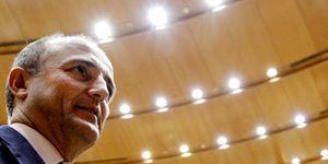 Foto: Sebastián mantiene la licencia de Cofrentes mientras Merkel cierra siete centrales