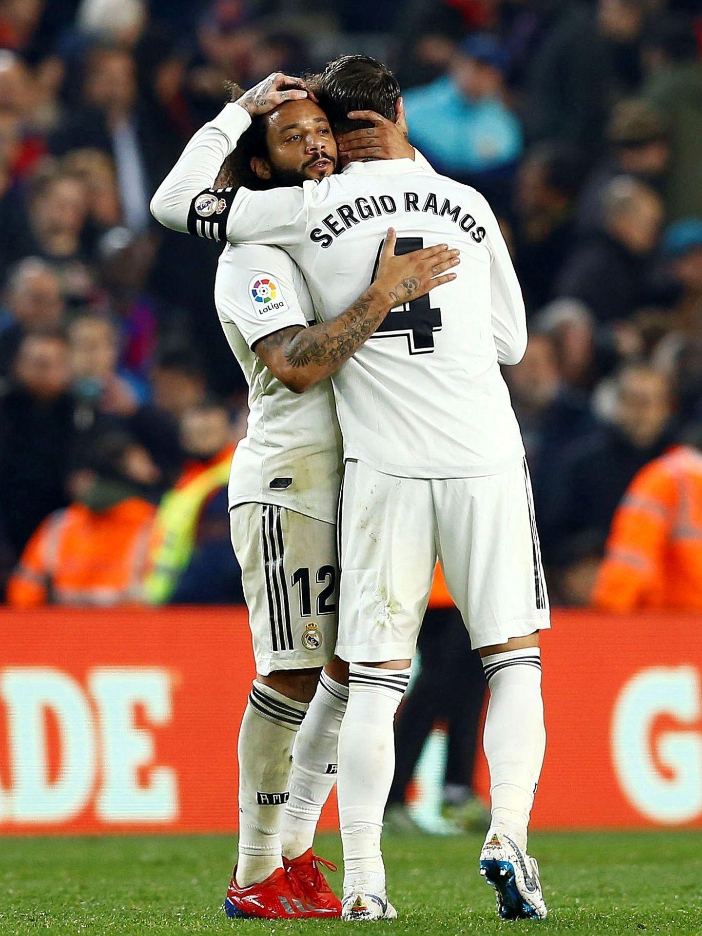 Marcelo y Sergio Ramos en el Camp Nou. (EFE)