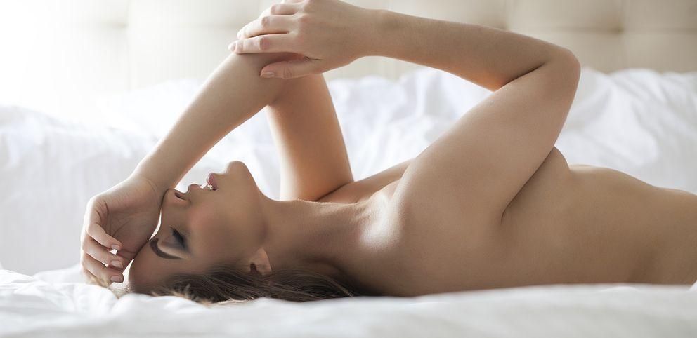 Foto: ¿Es una zona erógena más o es realmente el punto del placer femenino? (iStock)