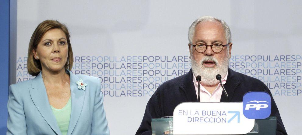 Foto: Cospedal y Cañete en la sede del PP. (Efe)