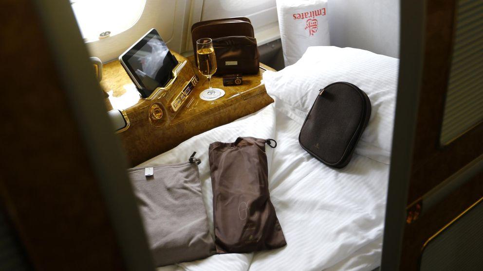 Diez trucos infalibles para poder dormir en el avión