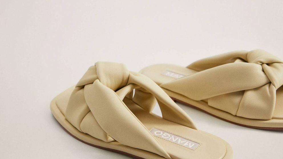 Planas y cool, así son las sandalias de Mango que compran las estilistas