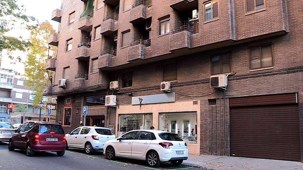 Foto: Número 1 de la calle Ramiro II de Madrid, donde una mujer que iba a ser deshauciada se ha precipitado al vacío. (EFE)