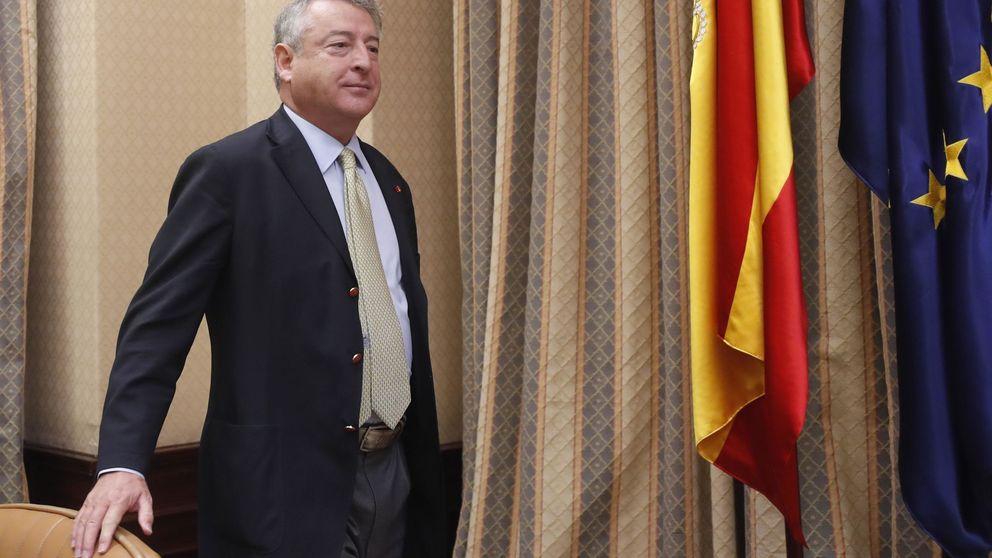 La plantilla de RTVE exige la caída de su jefe por salir en los papeles de Bárcenas