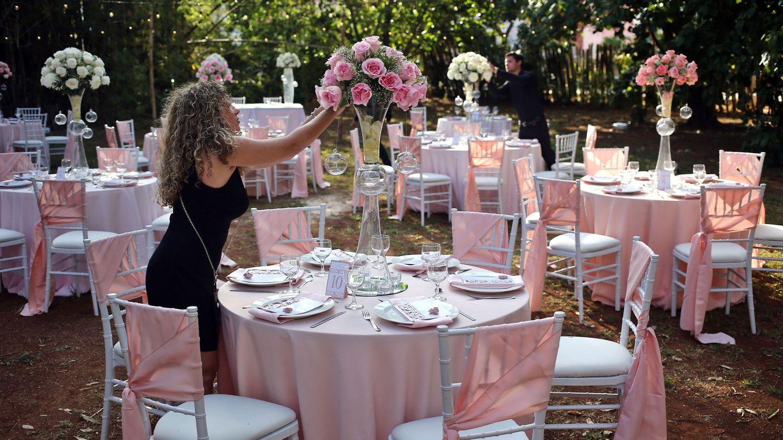 La organización de una boda exige mucho tiempo (EFE)