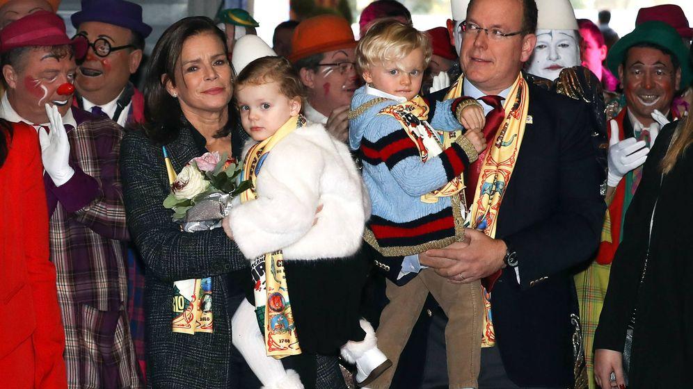 Foto: Jacques y Gabriella junto a su padre y su tía Estefanía. (Gtres)