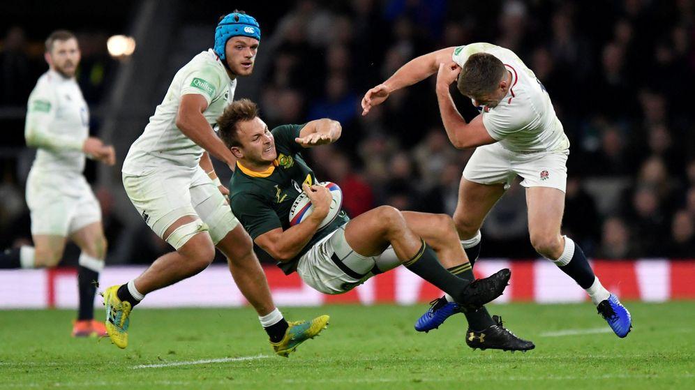 Foto: Inglaterra y Sudáfrica jugando hace un año en Londres. (Reuters)