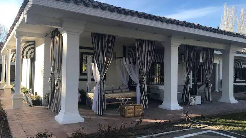 Leticia Sabater estrena villancico y, ¿volverá a su casa de Airbnb (330 €/día) por Navidad?