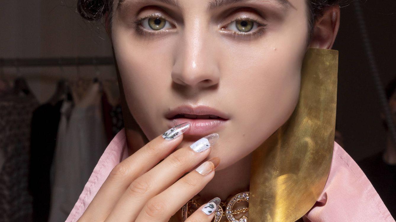 ¿Duran más las uñas de gel o las acrílicas? Lo que debes saber antes de tu manicura